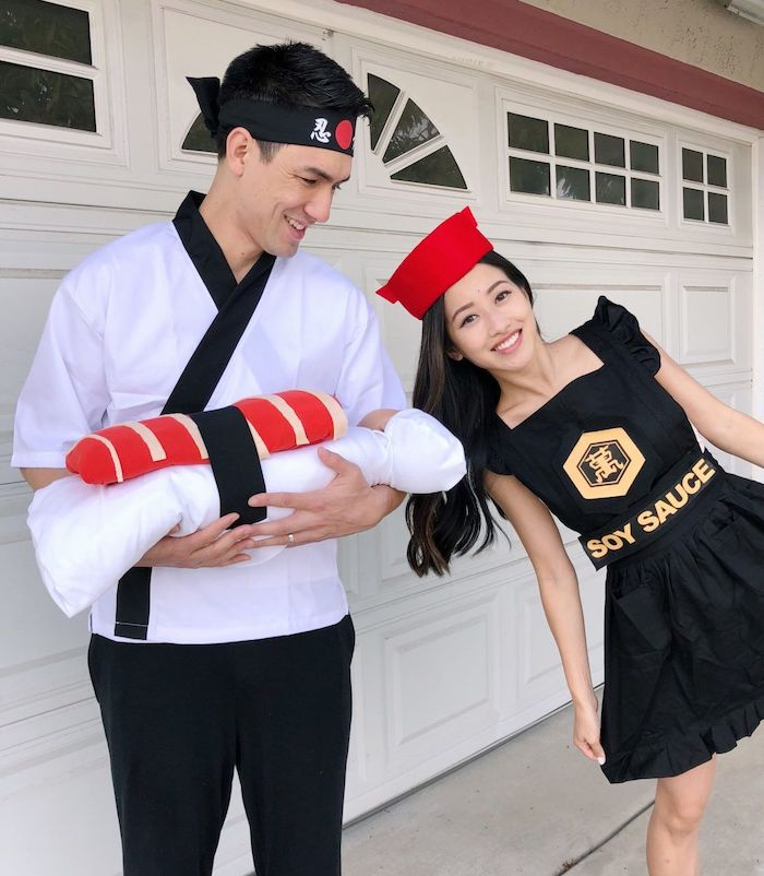step by step diy tutorial matching family halloween costumes mom dressed as soy sauce dad as cook baby as sushi