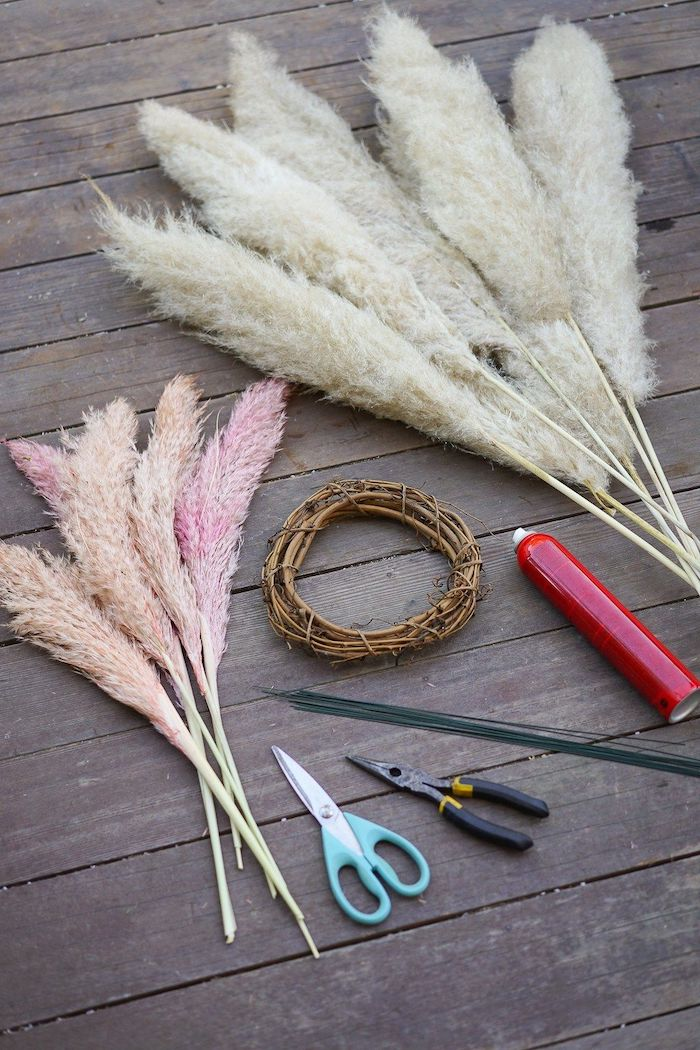white gold pink pampas grass wreath spray paint scissors pampas grass in vase diy wreath step by step tutorial