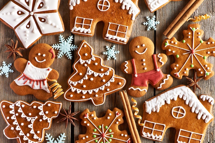 gingerbread cookies in the shape of house snowflakes gingerbread men christmas tree christmas eve dinner ideas