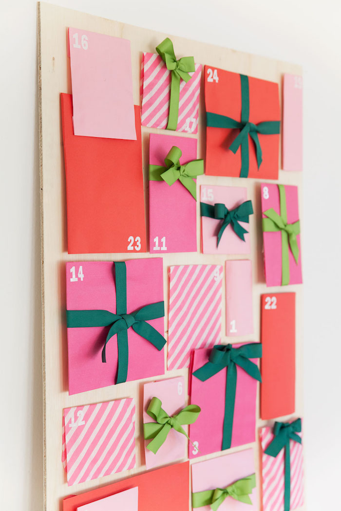 step by step diy tutorial unique advent calendars small paper bags filled with candy labelled with numbers