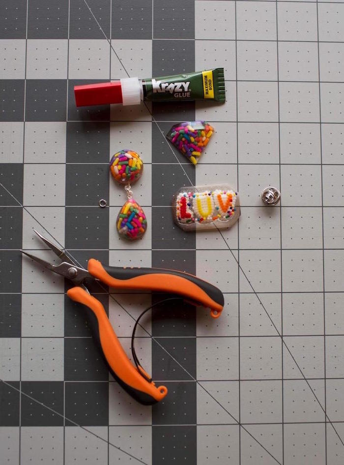 resin jewelry kit pliers glue resin earrings necklace pendadnt made with colorful ingredients step by step diy tutorial
