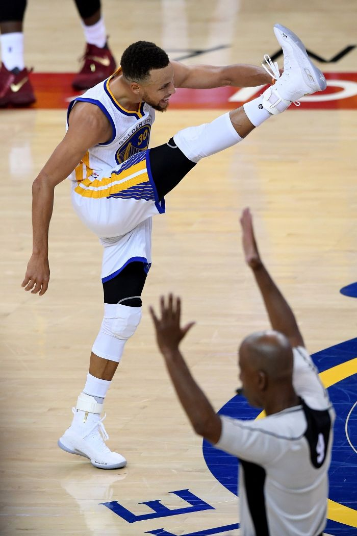 stephen curry celebrating on the court wearing white warriors uniform basketball pictures wallpaper