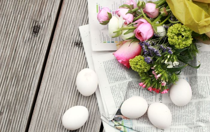 easter table décor supplies needed for diy tutorial empty egg shells with flowers centerpiece