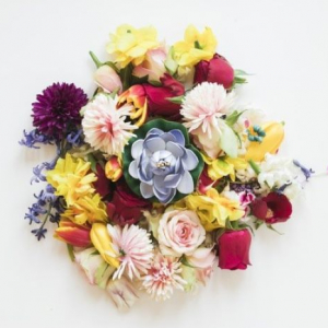Where to find the best flowers to give as gifts