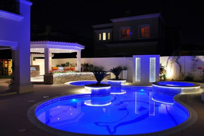 round pool with led lights jacuzzi dolphin figure on the floor backyard swimming pool gazebo with garden furniture