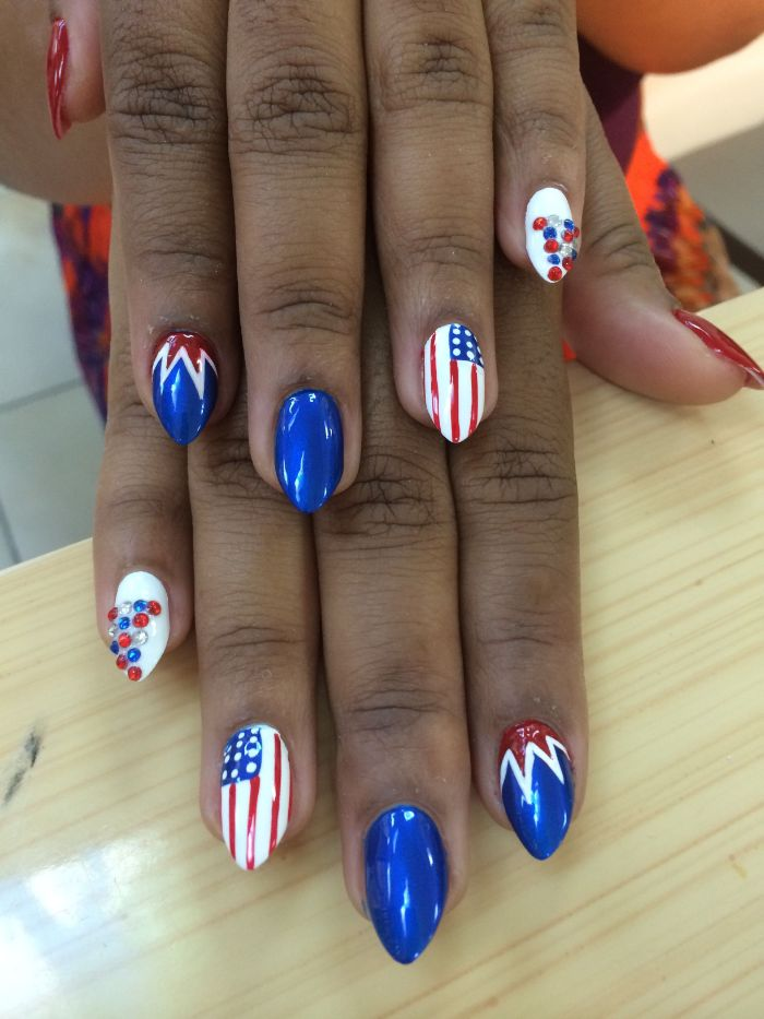 blue white red nail polish 4th of july nail art american flag decorations rhinestones