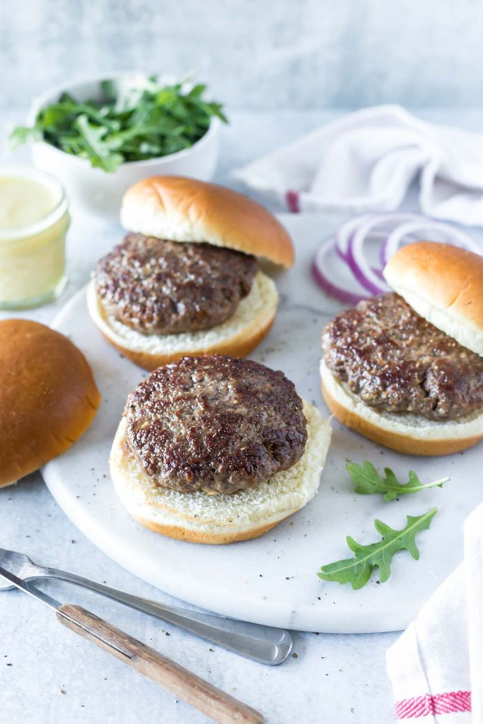 buns with patties made from spiced lamb in the middle how long to cook burgers