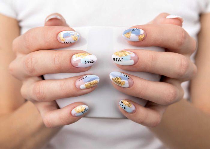 gold white blue black abstract nail polish summer nails 2021 short almond nails