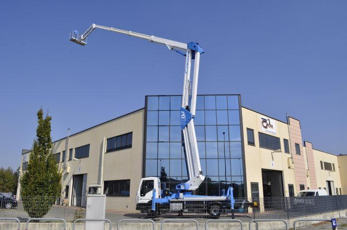 international consolidation strategy aerial platform socage in front of large building
