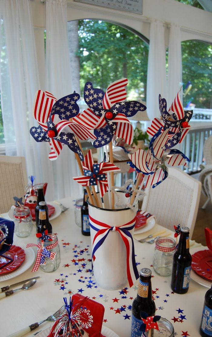 table centerpiece with red white blue ribbon 4th of july decorations red plates blue red stars