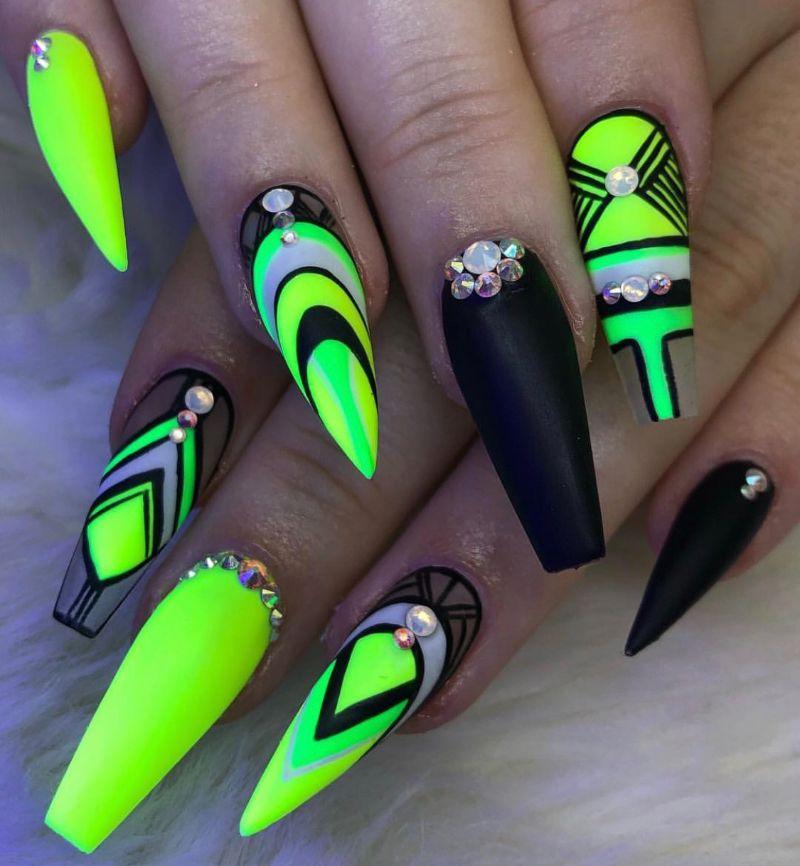 black neon yellow nails geometric design