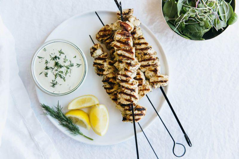 chicken skewers mediterranean diet recipes with tzatziki