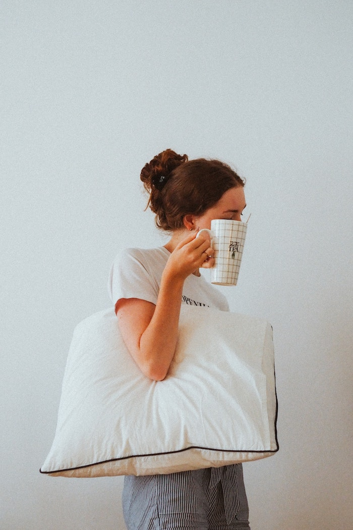 get enough sleep in order to stay healthy and boost the metabolism