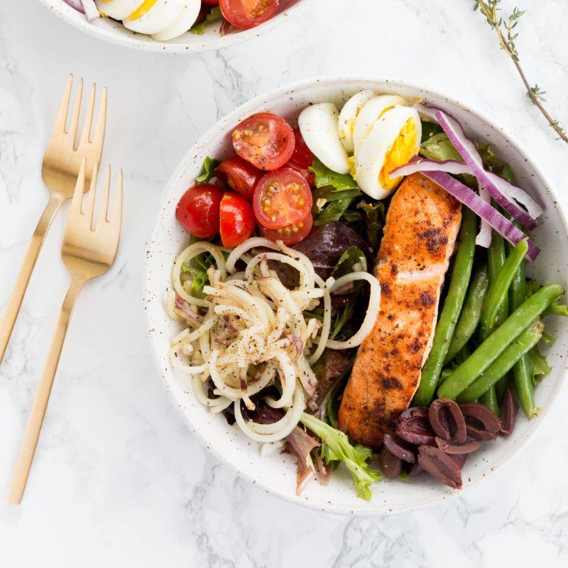 mediterranean diet dinner recipes salad with salmon