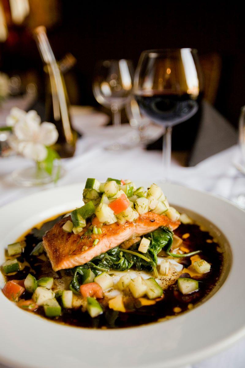 salmon mediterranean diet meal plan with zucchini