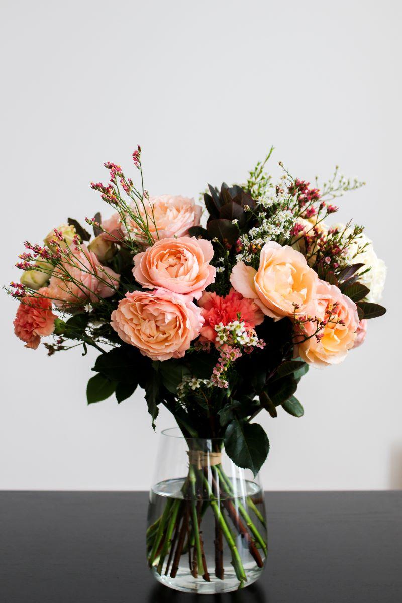 send flowers flower bouquet in vase different flowers
