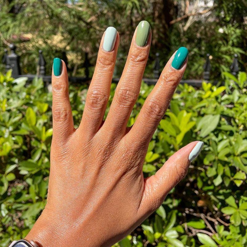 shades green blue short gel nail designs