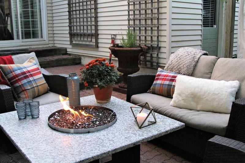 backyard furniture winter garden design ideas blankets throw pillows