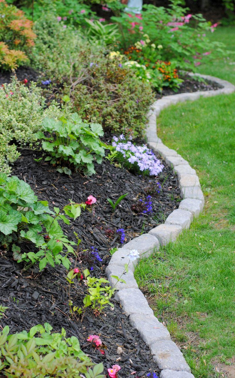 flower bed edging stone bricks