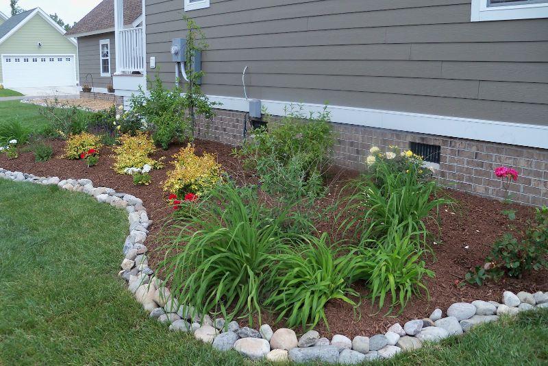 river rocks garden edging flower bed