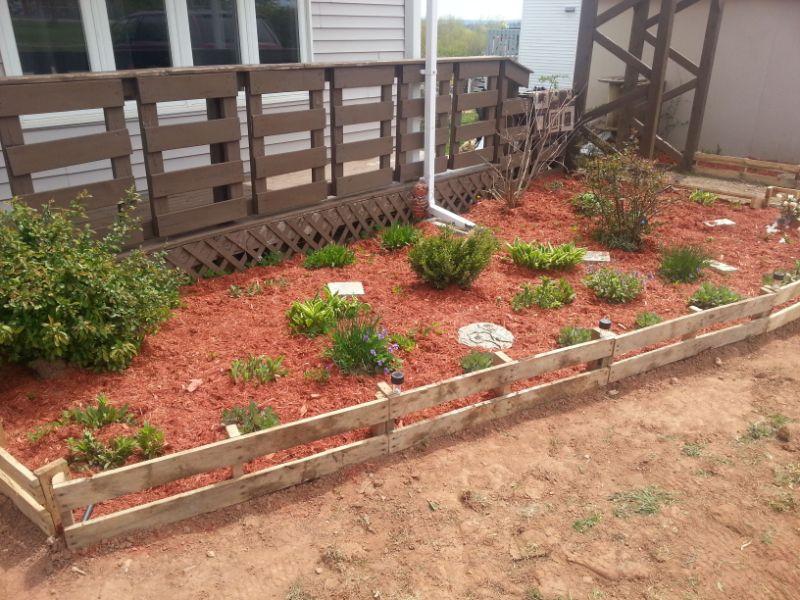 wooden pallets landscape edging flower bed