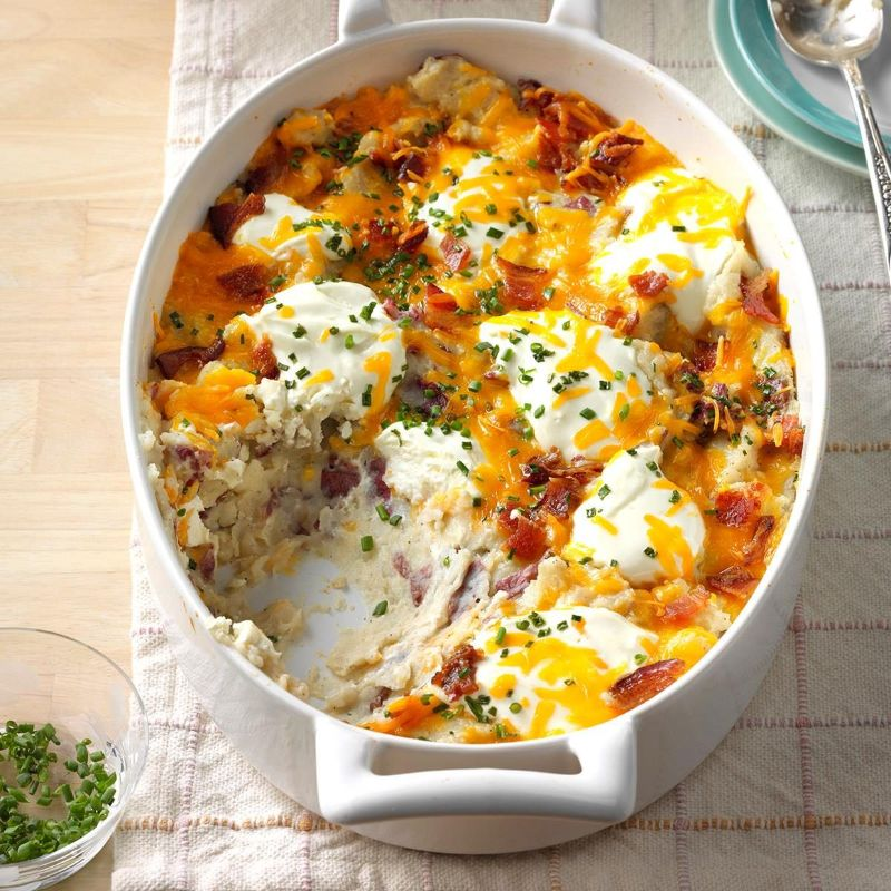 how to make baked potatoes in white casserole