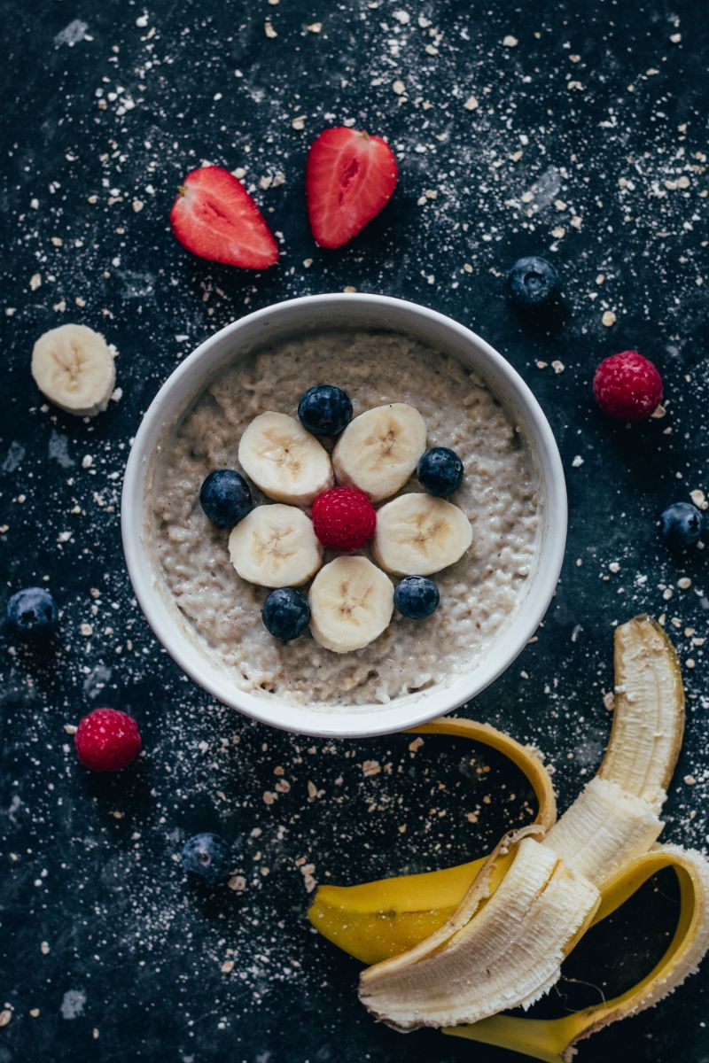 banana mixed berries is oatmeal good for you