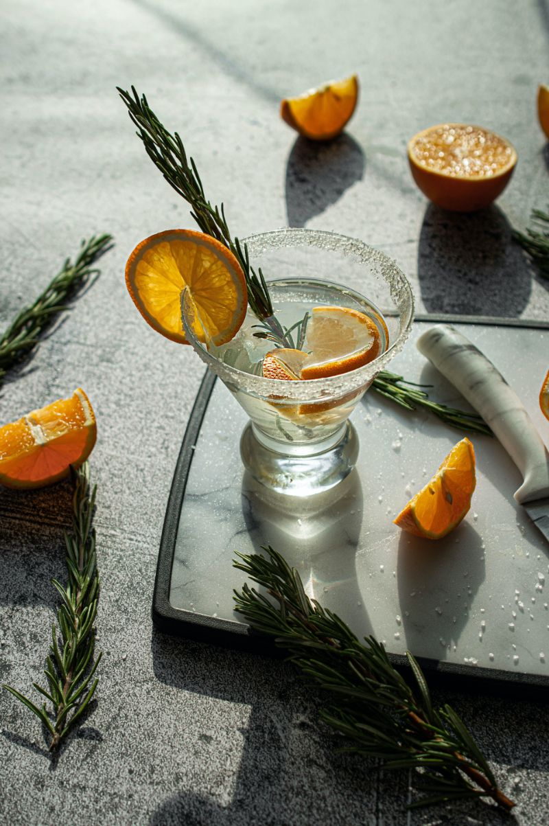 cocktail glass classic gin cocktails with lemon wedges
