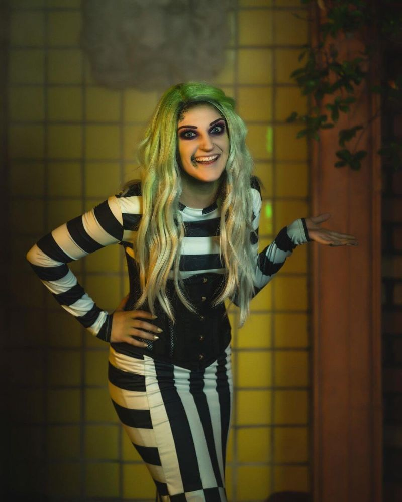 cute halloween costumes womens beetlejuice costume