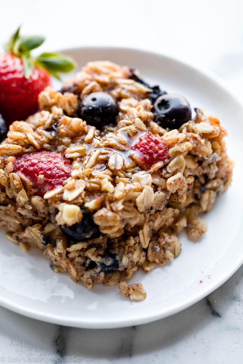 oatmeal benefits baked oatmeal with berries