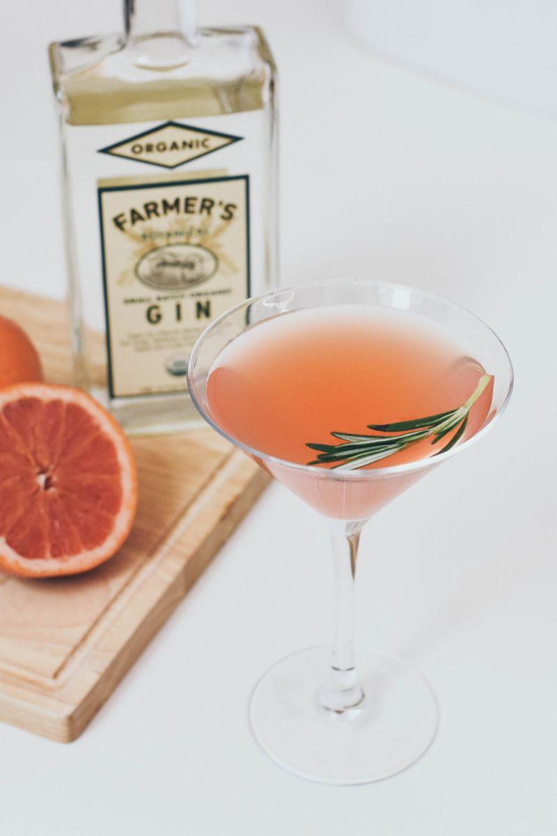 rosemay grapefruit martini classic gin cocktails